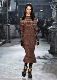 Платье из твида от Шанель