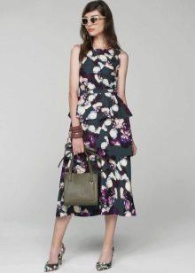 Выбор сумки и обуви к цветастому платью