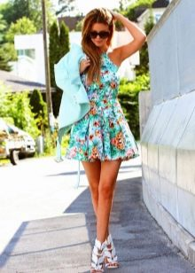 Цветочное платье с пиджаком