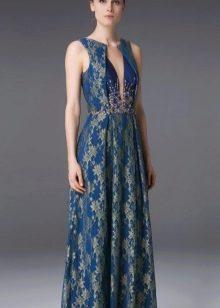 Цветочное платье-футляр синее