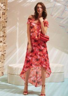 Летнее платье в цветочек короткое спереди, длинное сзади