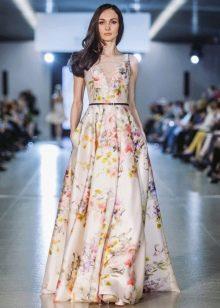 Платье а-силуэта  с цветочным узором длинное