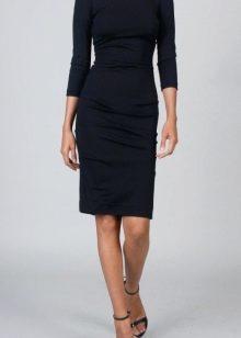 Платье офиное черного цвета