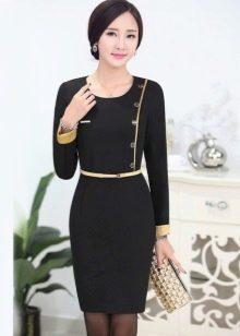 """Черное платье в деловом стиле для женщин с фигурой """"песочные часы"""""""