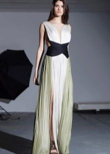 Греческое платье с черным поясом