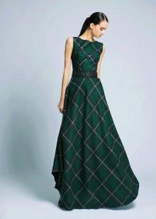 Трикотажное платье в пол в клетку
