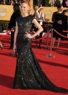 Черное максимально длинное платье с пайетками