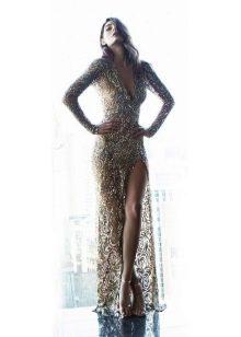 Сексуальное платье в пол золотого цвета