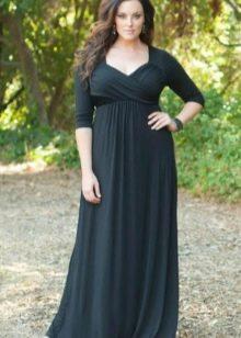Длинное платье из плотного трикотажа для полных