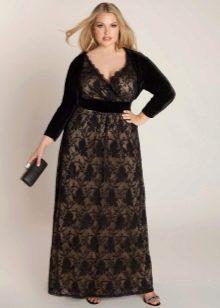 Кружевное длинное платье комбинированное с бархатом для полных женщин (девушек)