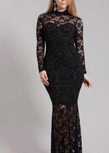 Кружевное длинное платье для полных дам