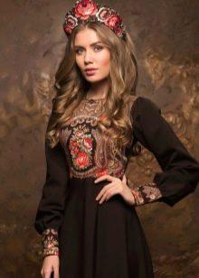 Платье коричневое в русском стиле с кокошником