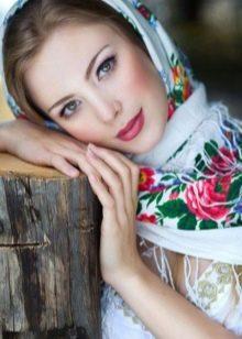 Макияж к платью в русском стиле