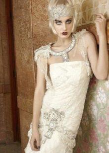 Яркий макияж для платья в стиле Гэтсби