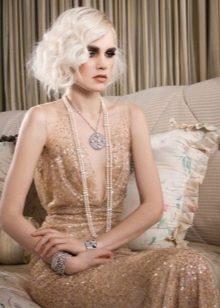 Прическа на светлые волосы для платья в стиле Гэтсби