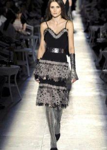 винтажное платье от Chanel на бретелях