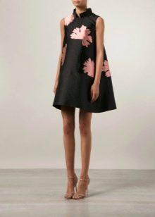 Короткое вечернее платье в восточном стиле
