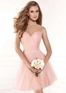 Короткое розовое платье пышное