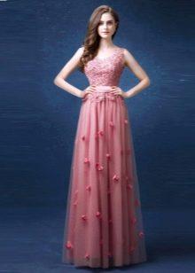 5ebf2a4ca85 Розовые платья  с чем носить