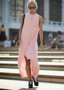 Розовое платье без рукав повседневное