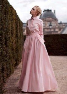 розовое платье с длинным рукавом в пол