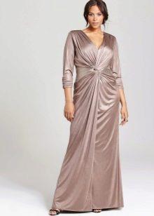 Шелковое платье для полных с драпировкой
