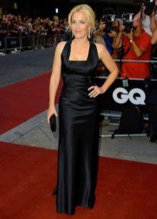 Черное шелковое платье с квадратным вырезом