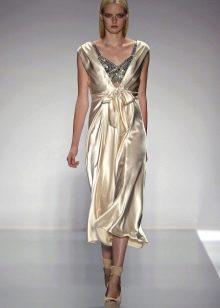 Нарядное платье из шелка со стразами