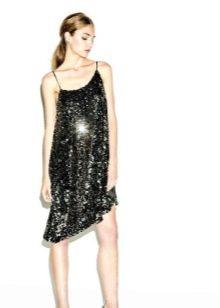 Шелковое платье с паетками