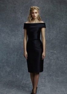 шелковое платье футляр