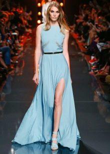 Голубое шелковое платье