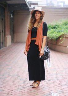 Черно-терракотовое платье