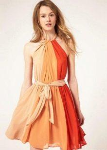 Платье сочетающее три цвета - терракотовый, бежевый, молочный