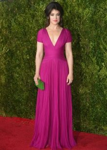 Фиолетовое платье с лрапировкой