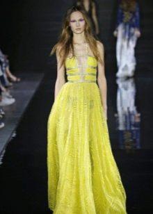 Желтое платье из шифона