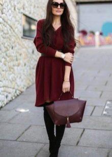 Платье короткое цвета марсала