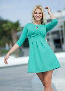 Бирюзовое платье короткое