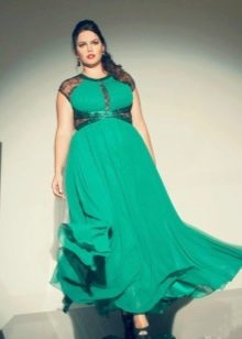 Зеленое трикотажное длинное платье с завышенной талией для полных женщин