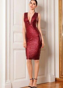 Вишневое платье короткое с пайетками