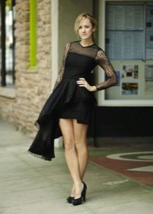 Асимметричное черное платье с баской