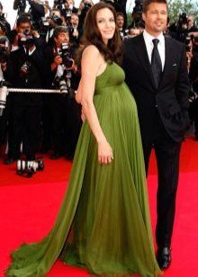Беременная Анджелина Джоли в длинном платье