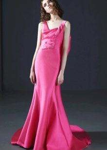Розовое платье русалка