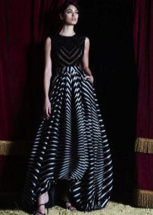 Платье- баллон короткое спереди длинное сзади