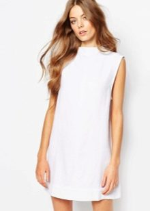 Платье шифт белое