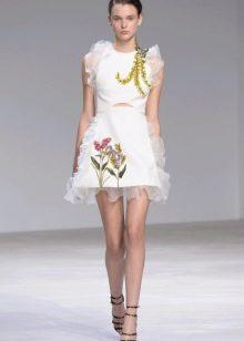 Платье в стиле бэби долл с рюшами