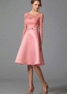Платье с верхом из гипюра а-силуэта