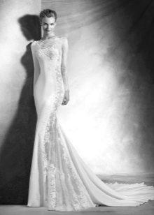 Свадебное платье со вставками из гипюра