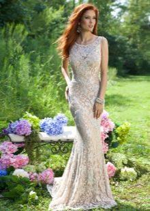 Недорогое платье гипюровое в пол