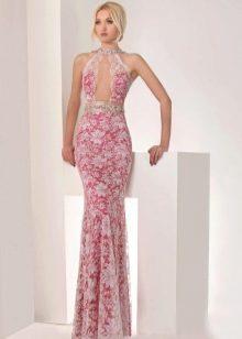 Гипюровое платье русалка с глубоким вырезом