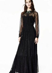 Закрытое платье из гипюра черное
